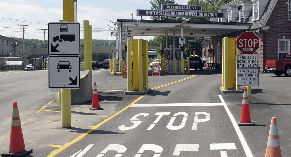 the U.S. border crossing post at the Canadian border