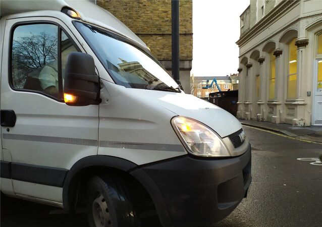 A Serco van transporting Julian Assange from prison has arrived at Westminster Magistrates' Court