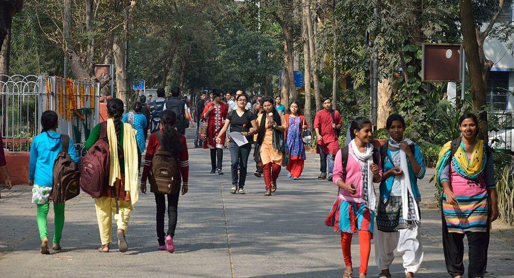 Campus Road - Jadavpur University - Kolkata