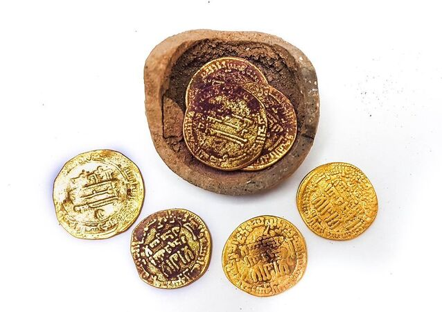 1,200-year-old gold coins