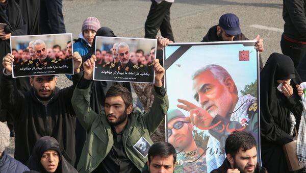 Pictures of Slain Iranian Revolutionary Guards Major General Qasem Soleimani - Sputnik International