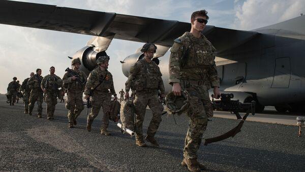 U.S. Army paratroopers from the 82nd Airborne Division arrive at Ali Al Salem Air Base, Kuwait, January 2, 2020 - Sputnik International