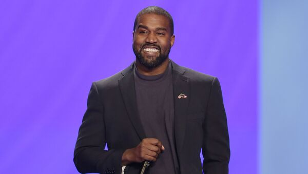 Kanye West answers questions from Sr. pastor Joel Osteen during the 11 am service at Lakewood Church Sunday, Nov. 17, 2019, in Houston. - Sputnik International