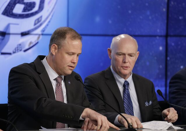 NASA administrator Jim Bridenstine, left, and Tory Bruno, President and CEO of United Launch Alliance