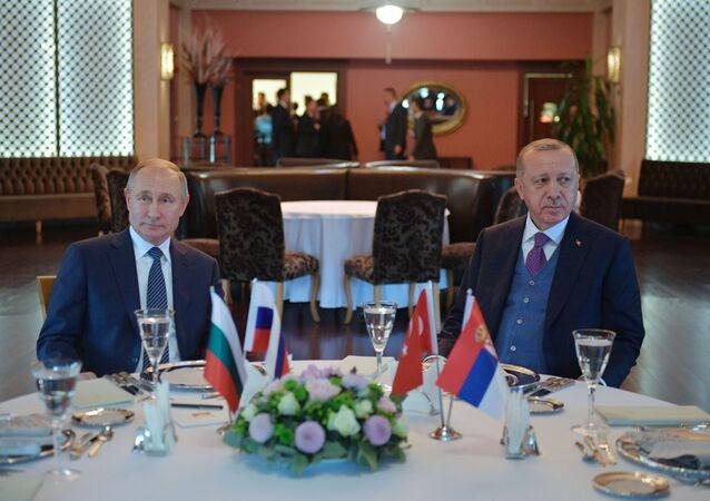 Russian President Vladimir Putin and Turkish President Recep Tayyip Erdogan in Istanbul