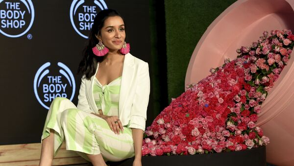 Shraddha Kapoor, Indian Bollywood actress and new brand ambassador for 'The Body Shop' cosmetic company, poses during the launch of the first television commercial in Mumbai on September 9, 2019 - Sputnik International