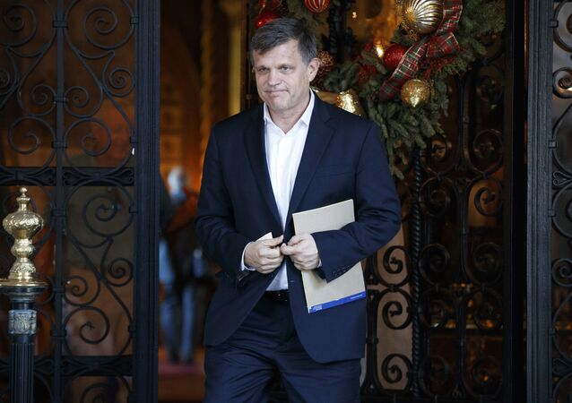 Historian Douglas Brinkley leaves Mar-a-Lago after meeting with President-elect Donald Trump
