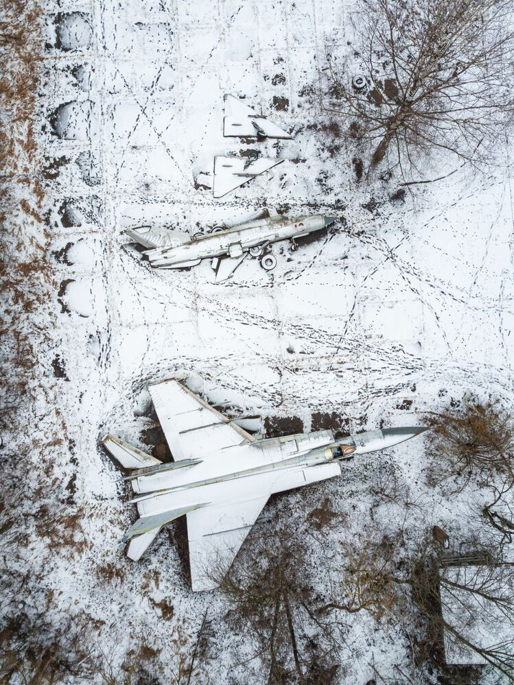 Abandoned aircrafts parking in the Tver region.