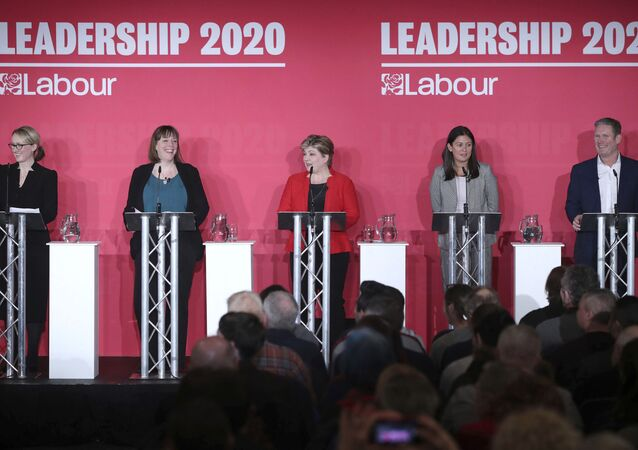 From left, Labour Members of Parliament, Rebecca Long-Bailey, Jess Phillips, Emily Thornberry, Lisa Nandy and Keir Starmer stand on the stage, during the first Labour leadership hustings at the ACC Liverpool, in Liverpool, England, Saturday, Jan. 18, 2020.