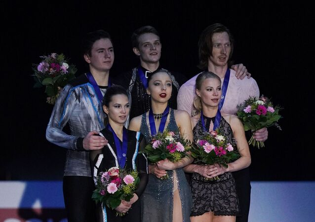 Figure skating. European Figure Skating Championships in Graz. Couples. Award ceremony