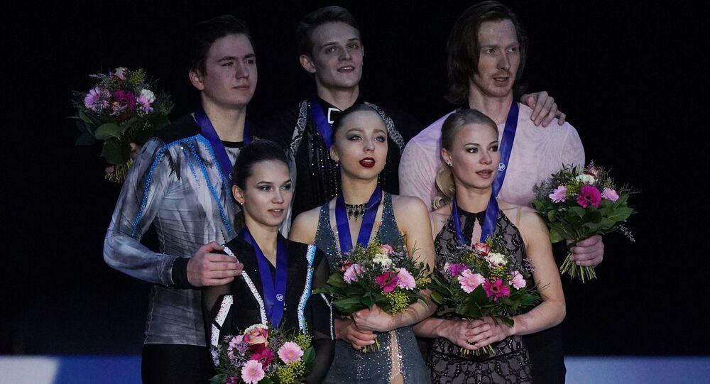 Figure skating. European Figure Skating Championships in Graz. Couples. Award ceremony