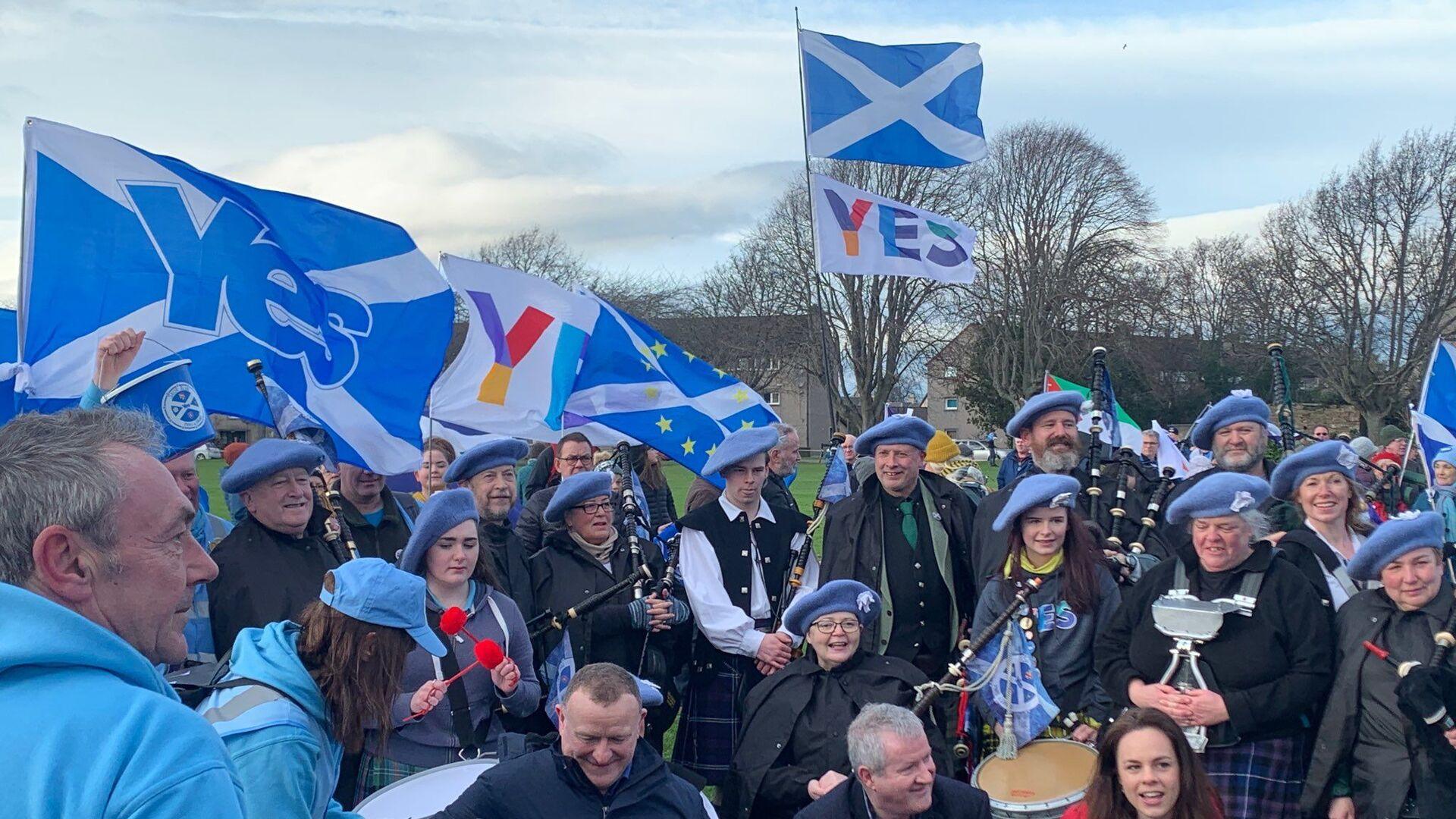 Freedom March for Scottish Independence in Inverness, the Scottish Highlands - Sputnik International, 1920, 13.09.2021