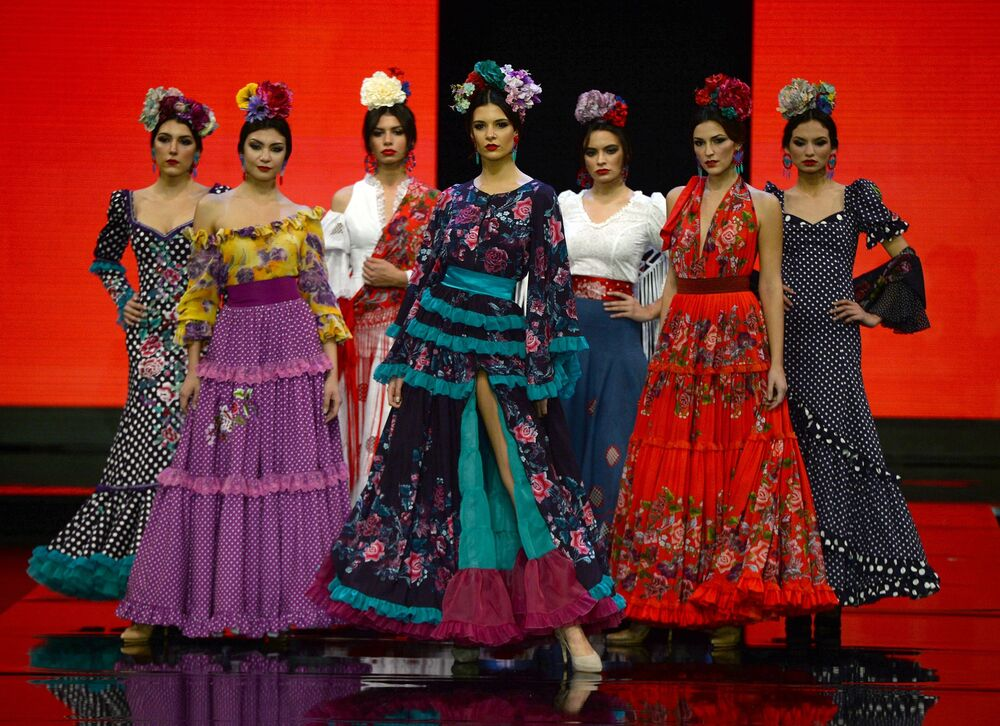 Beauty and Passion: Spirit of Spanish Dance Presented at International Flamenco Fashion Show