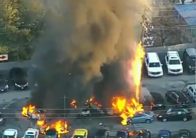 Massive Fire Erupts, Consumes Multiple Cars at US Repair Center