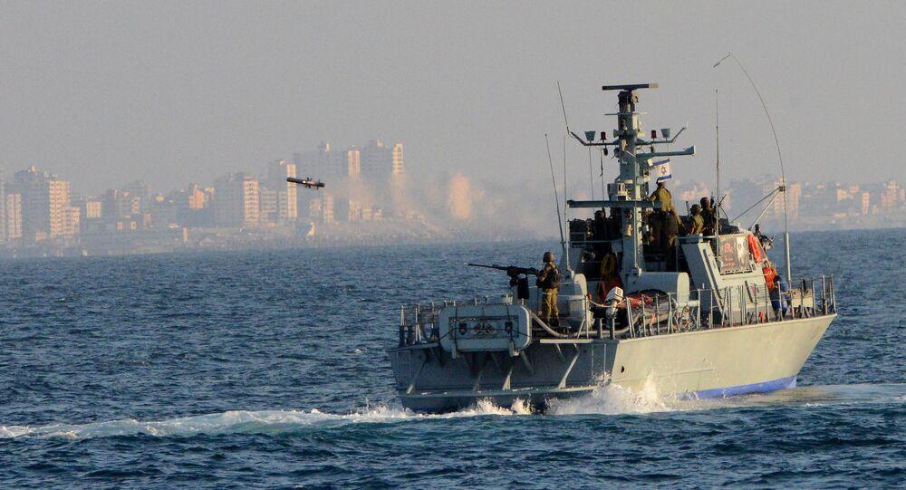 Israel Navy Strike Gaza from the Sea