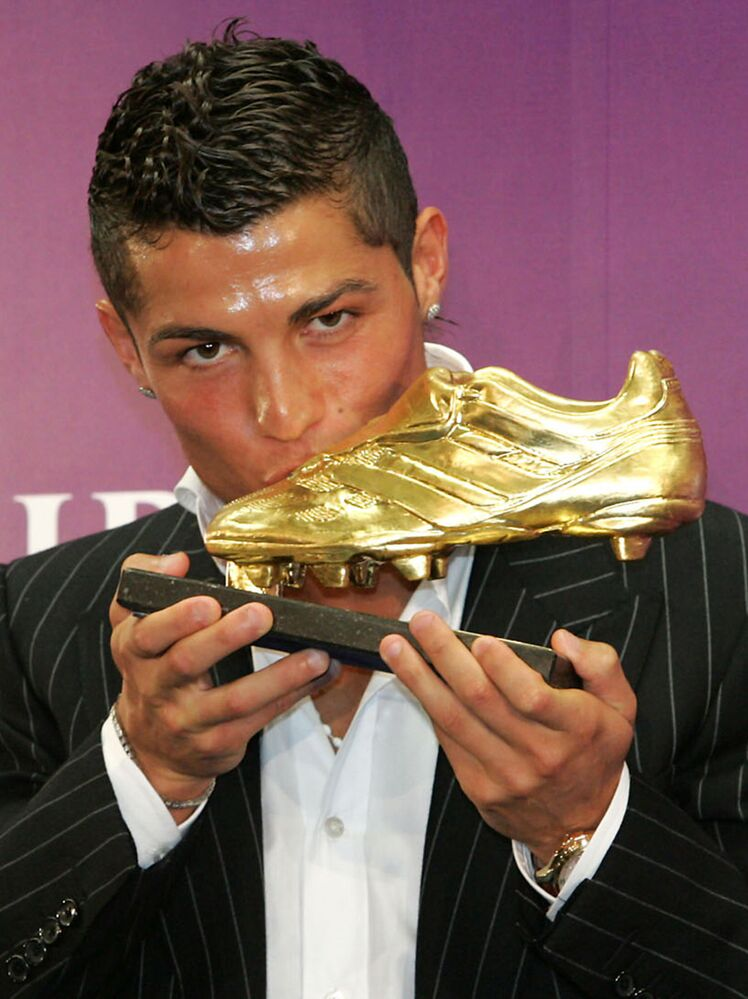 Cristiano Ronaldo at the 2008 Golden Shoe ceremony in Funchal