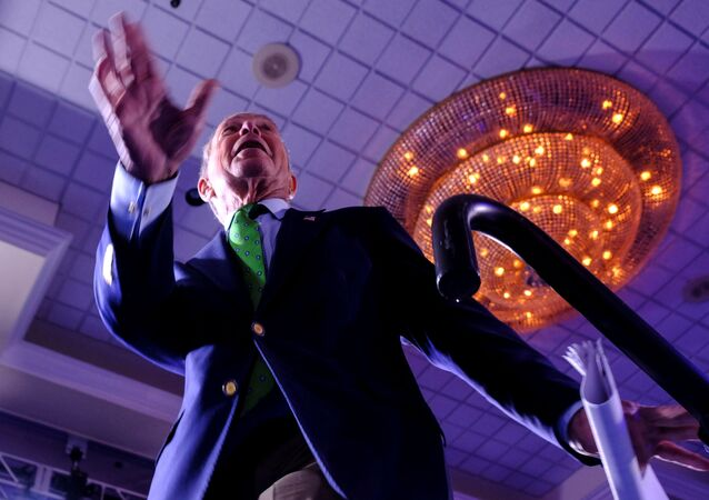 FILE PHOTO: Michael Bloomberg, the billionaire media mogul and former New York City mayor, now Democratic candidate gets on stage for his kick-off 'United for Mike' rally at the Aventura Turnery Jewish Center and Tauber Academy Social in Miami, Florida, 26 January 2020