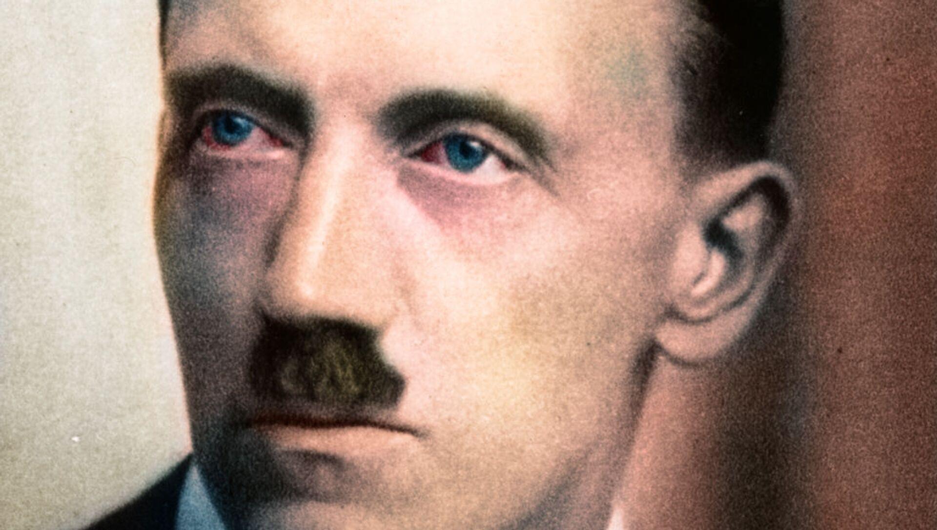 Hitler, colored portrait (1920's) - Sputnik International, 1920, 27.07.2021
