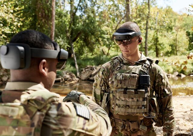 Soldiers test new IVAS technology