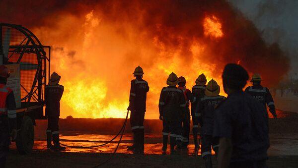 Indian firefighters (File) - Sputnik International