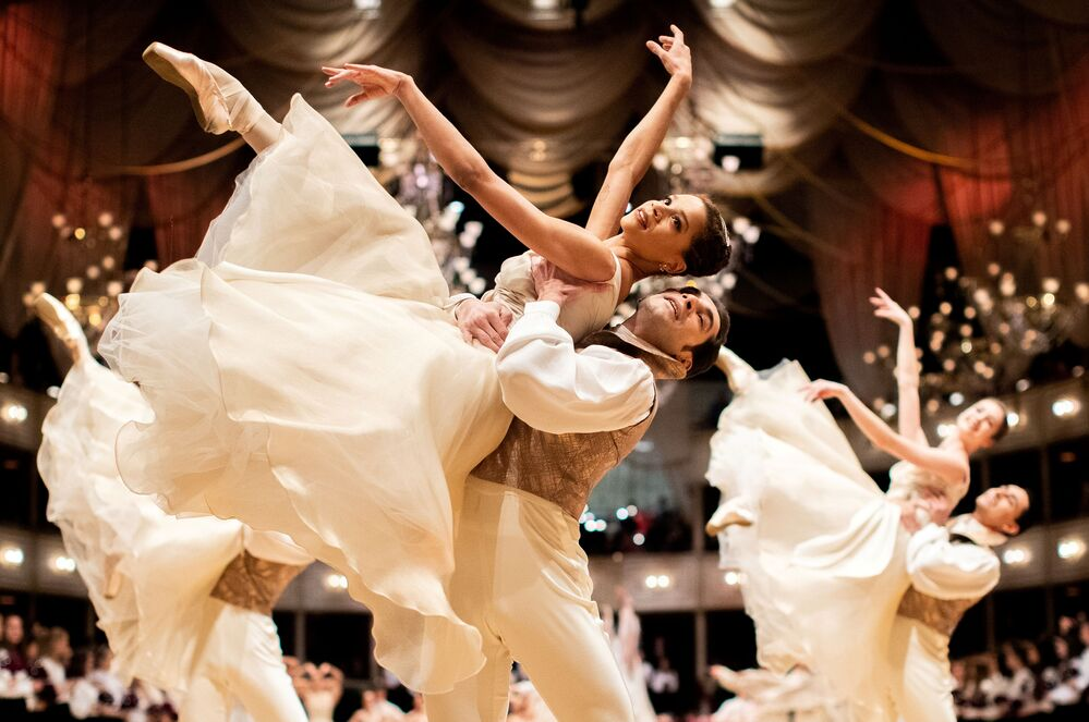 Dancers of the State Opera ballet perform during a dress rehearsal for the traditional Opera Ball in Vienna, Austria February 19, 2020.