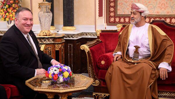 U.S. Secretary of State Mike Pompeo meets with Oman's Sultan Haitham bin Tariq at al-Alam palace in Muscat, Oman on February 21, 2020 - Sputnik International