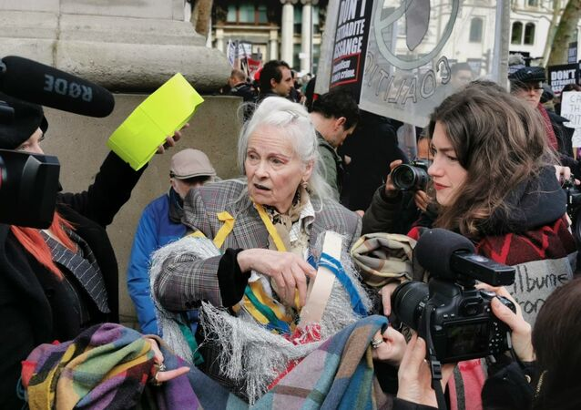 Vivienne Westwood attends a rally in support of Assange in London on 22 Feb 2020