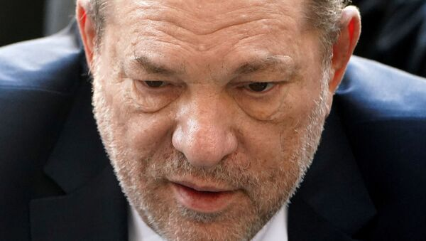 Film producer Harvey Weinstein arrives at the New York Criminal Court during his ongoing sexual assault trial in the Manhattan borough of New York City, 24 February 2020 - Sputnik International