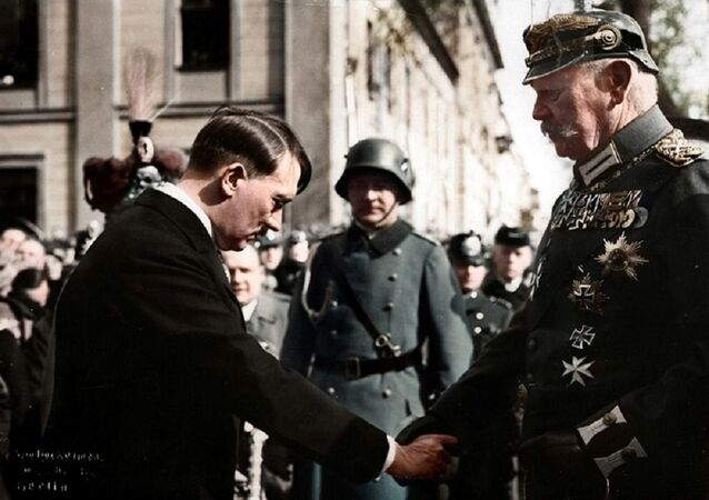 Tag von Potsdam, Adolf Hitler, Paul v. Hindenburg