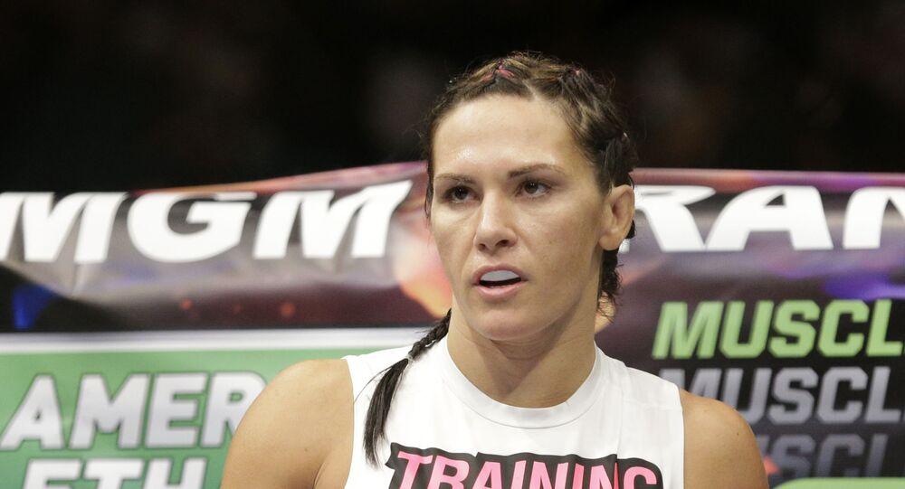 Cat Zingano during her fight against Amanda Nunes, Saturday, Sept. 27, 2014, in Las Vegas.