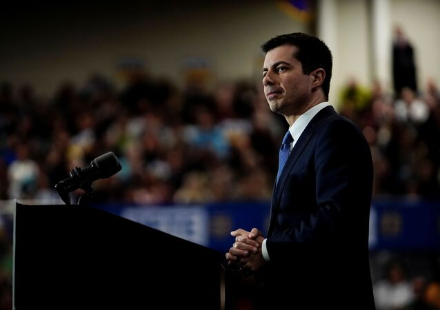 Democratic 2020 U.S. presidential candidate former South Bend, Indiana Mayor Pete Buttigieg attends a campaign event in Raleigh, U.S., February 29, 2020. REUTERS/Eric Thayer
