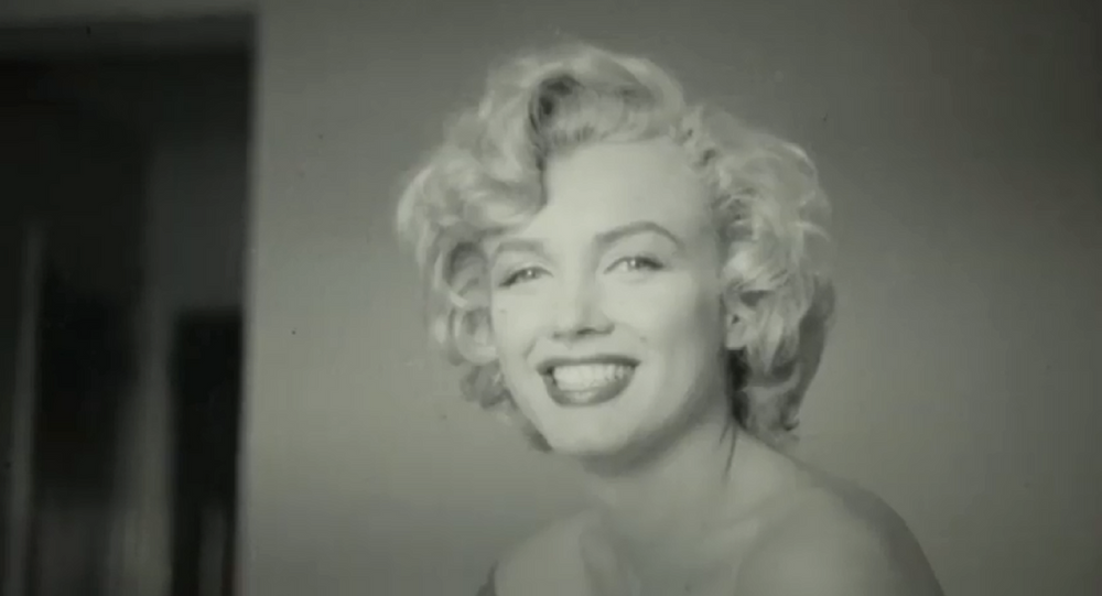 Massachusetts-based company RR Auction puts up archive of Marilyn Monroe images up for sale.