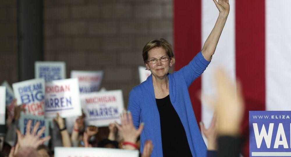 Democratic U.S. presidential candidate Senator Elizabeth Warren waves to supporters at her Super Tuesday night rally in Detroit, Michigan, U.S., March 3, 2020