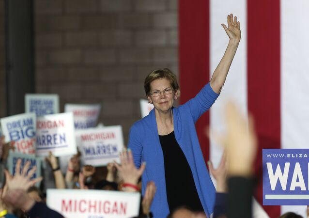 Democratic U.S. presidential candidate Senator Elizabeth Warren waves to supporters at her Super Tuesday night rally in Detroit, Michigan, U.S., March 3, 2020