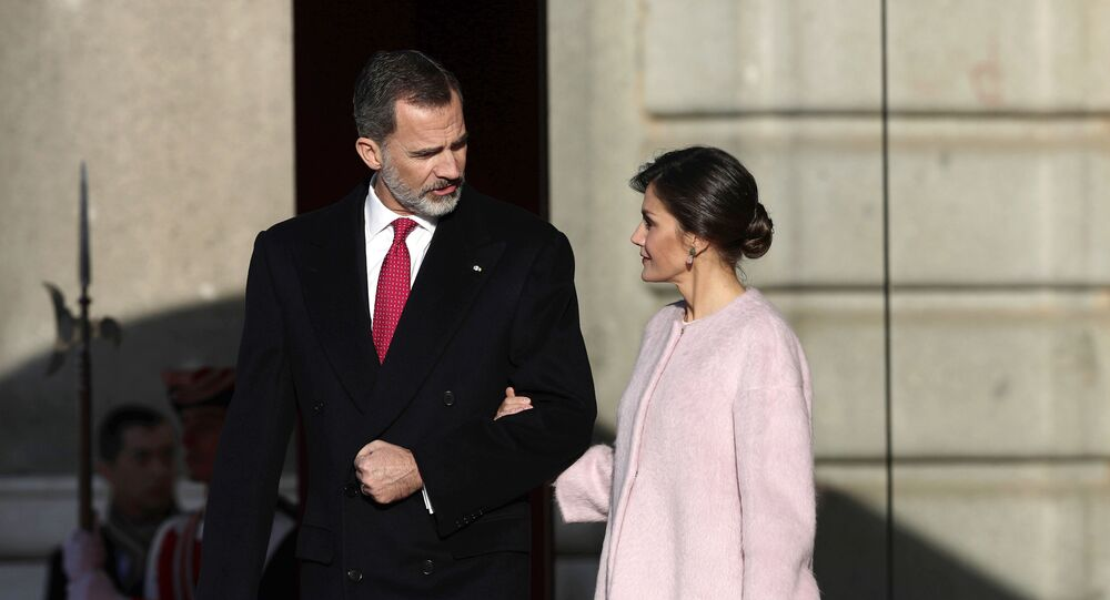 Spain's King Felipe and his wife, Queen Letizia prior of a welcome ceremony with Chinese President Xi Jinping and his wife Peng Liyuan at the Royal Palace in Madrid, Spain, Wednesday, Nov. 28, 2018