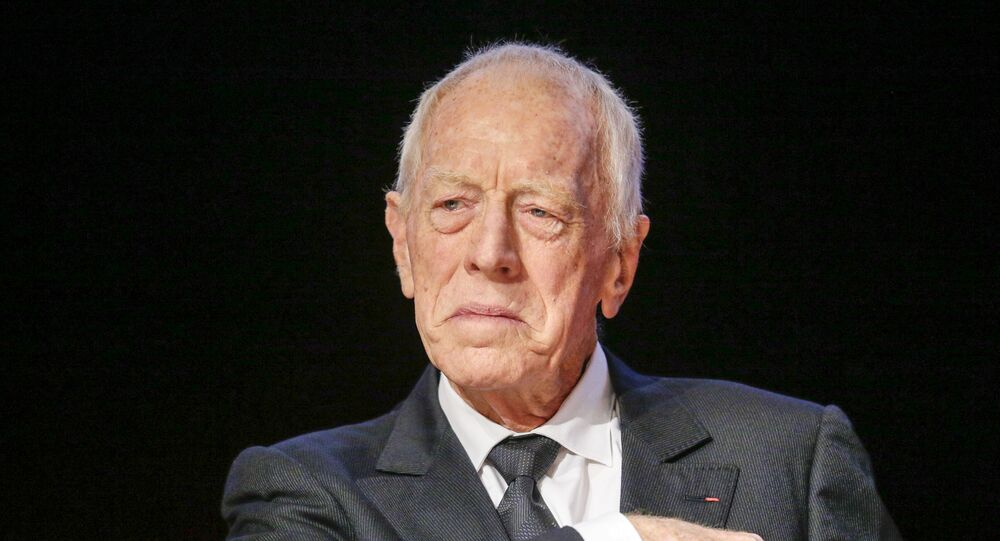 FILE PHOTO: Swedish actor Max Von Sydow looks on during the 2015 Lumiere Grand Lyon film festival in Lyon, France, October 16, 2015. REUTERS/Robert Pratta/File Photo