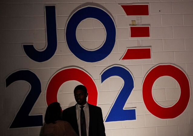 Supporters attend Democratic U.S. presidential candidate and former Vice President Joe Biden's campaign stop at Tougaloo College in Tougaloo, Mississippi, U.S., March 8, 2020. REUTERS/Brendan McDermid