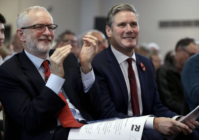 Jeremy Corbyn (left) and Keir Starmer