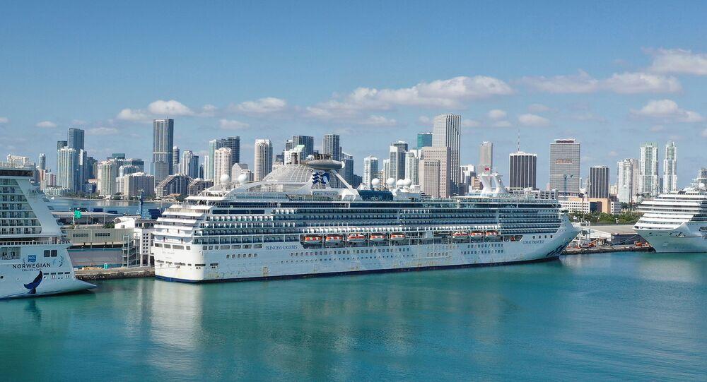 Coral Princess ship