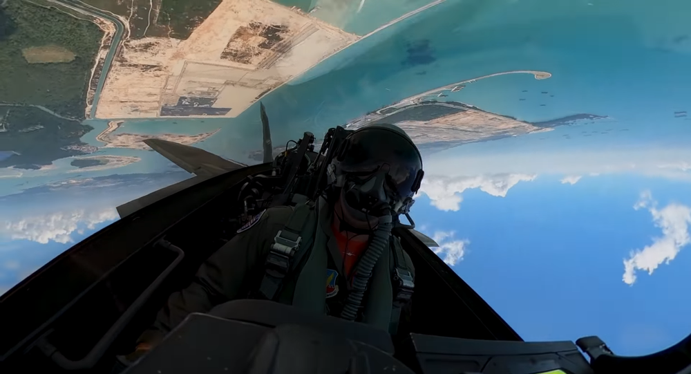 Ever Been Inside The F 22 Fighter Jet Watch As The Raptor Performs Incredible Aerial Maneuvers Sputnik International