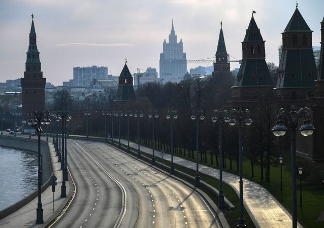 View of the Kremlin embankment from the Bolshoi Moskvoretsky bridge.