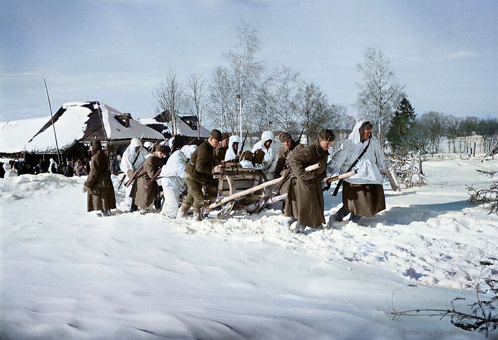 Wounded being carried by sleighs to a first-aid station near Mozhaisk, 1942.