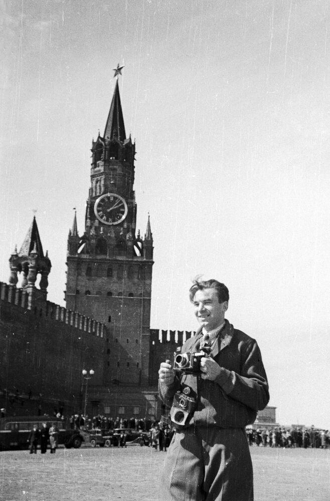Photo correspondent Alexander Krasavin on Red Square 9 May 1945