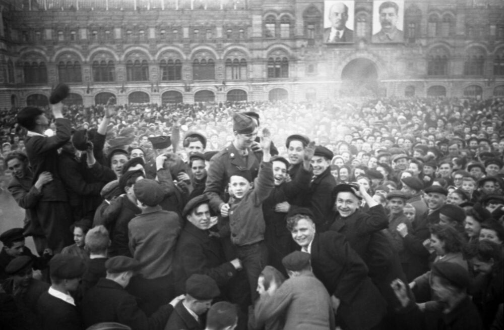 Muscovites celebrate Victory Day on Red Square on 9 May 1945