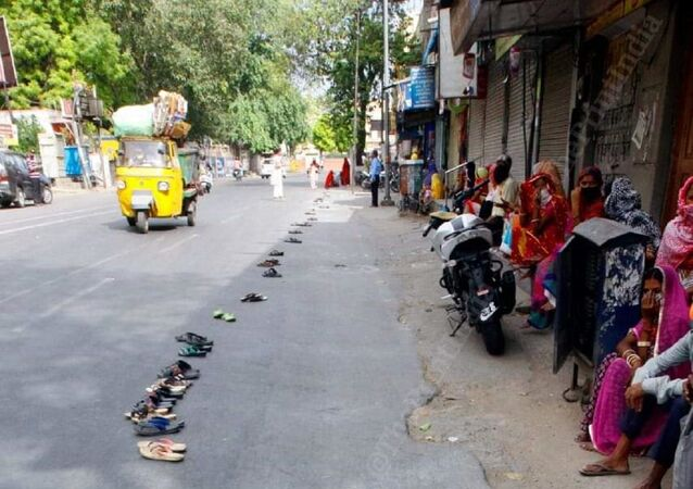 Slippers lined outside the Bank of Baroda branch in Ajmer while waiting to withdraw cash amid  COVID19  lockdown in India