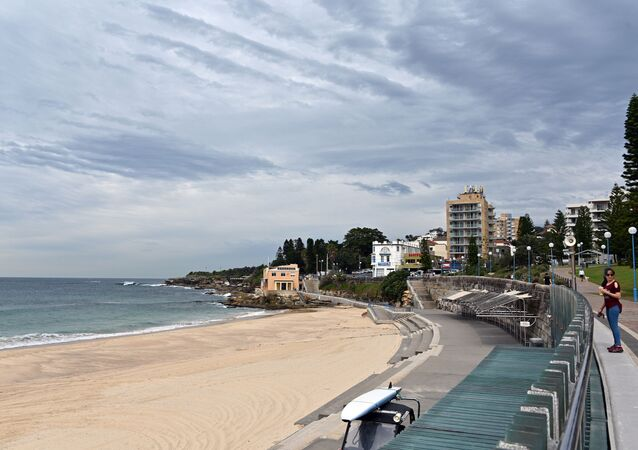 This general view shows an empty Coogee beach in Sydney on April 16, 2020.