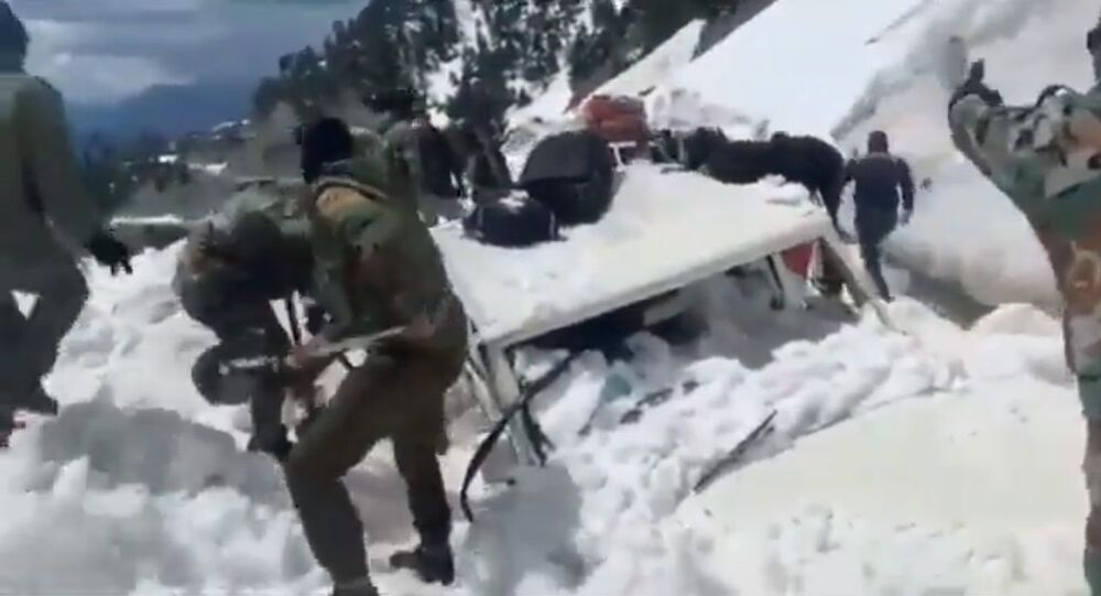 Rescue Operation Video. Indian Army rescued Sub District Magistrate & two others in Karnah area of North Kashmir