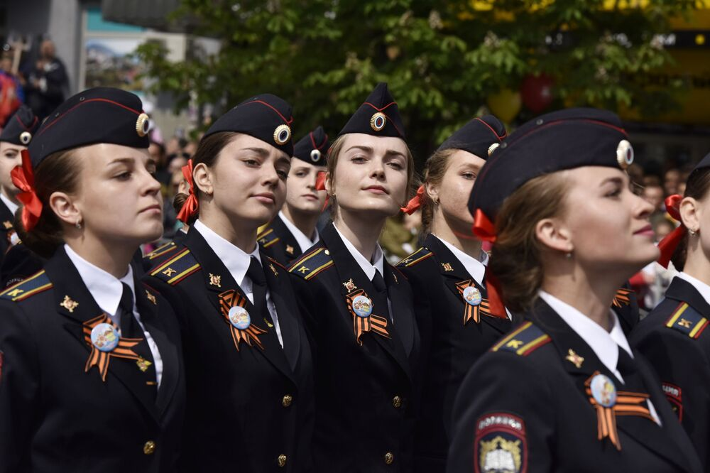 Female cadets from Simferopol.