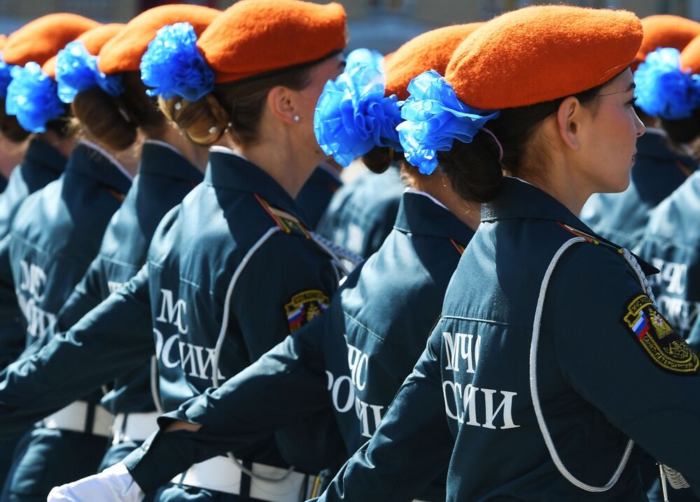 Military parade in Saint Petersburg lightened up by servicewomen.