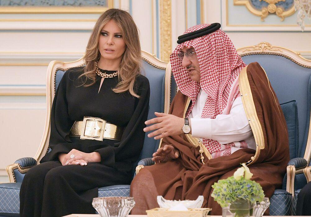 US First Lady Melania Trump chats with Saudi Deputy Crown Prince Muhammad bin Nayef bin Abdulaziz al-Saud at a ceremony where US President Donald Trump received the Order of Abdulaziz al-Saud medal from Saudi Arabia's King Salman bin Abdulaziz al-Saud at the Saudi Royal Court in Riyadh on May 20, 2017.
